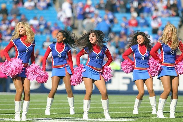 buffalo-bills-jills-cheerleaders-AP91415066991