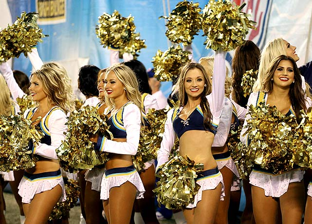 san-diego-charger-girls-cheerleaders(2)
